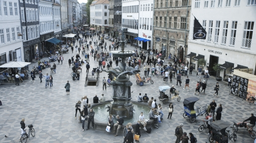 Copenhagen Square photo from The Human Scale http://thehumanscale.dk/press/